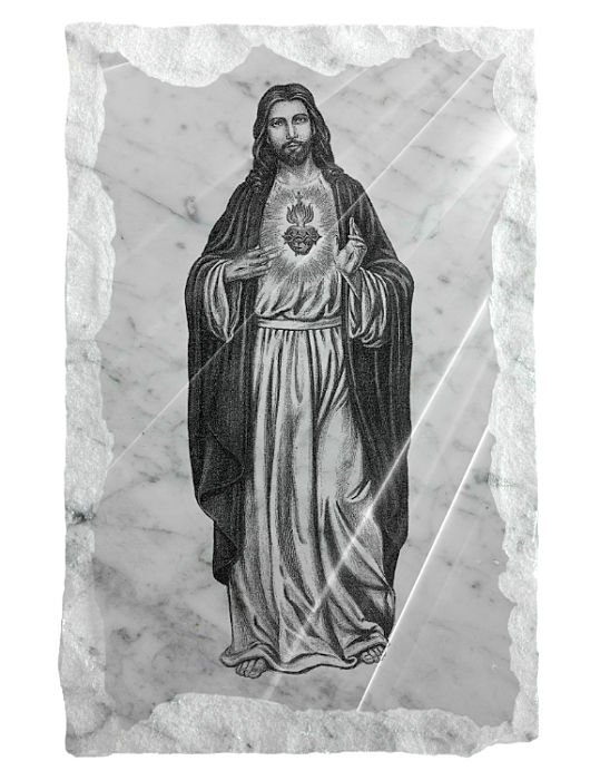 Full image of the Sacred Heart of Jesus etched on a white marble backgraound