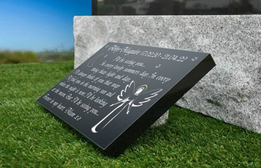 Angel with memorial plaque wording for baby girl