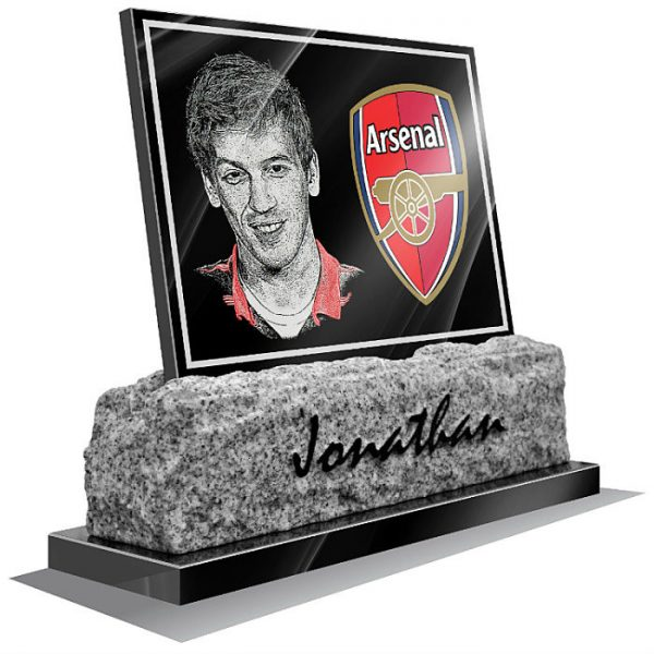 football memorial plaques for graves Arsenal FC