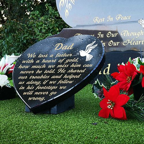 Grave ideas for Dad's Day with personalized memorial verse