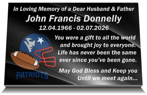 American Football Grave Ornaments and memorial plaques for Gravestones with personalized inscriptions and team logo