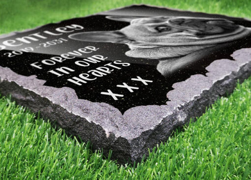Personalised Granite Gave Plaques are one of the best ways to remember your deceased doggy